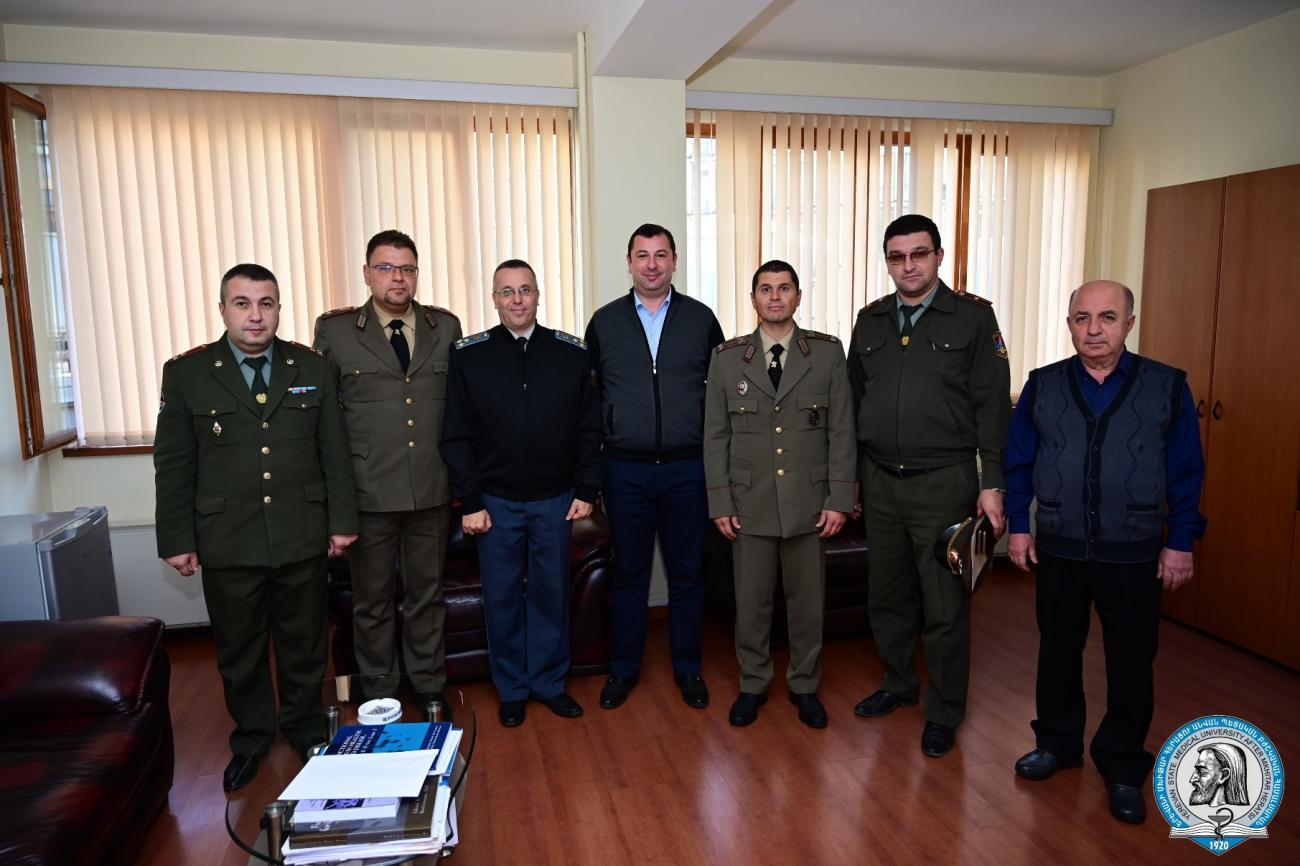 Բուլղարիայի ռազմաբժշկական ակադեմիայի պատվիրակությունն այցելեց ԵՊԲՀ